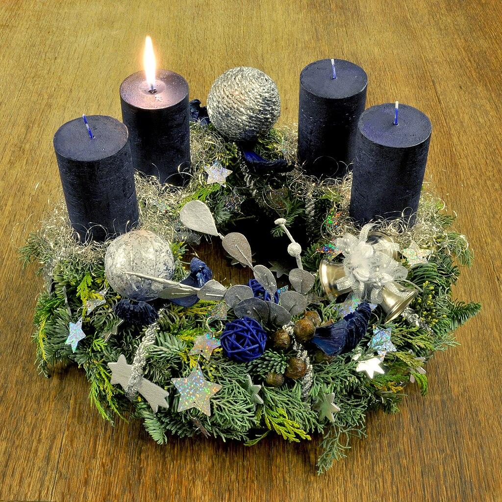 file advent wreath wikimedia commons. Black Bedroom Furniture Sets. Home Design Ideas