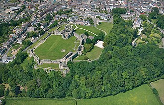 Denbigh Castle and town walls - Image: Aerial view of Denbigh Castle, by Cadw