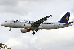 Airbus A320-200 der Air One