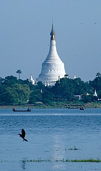 how to get from mandalay to amarapura