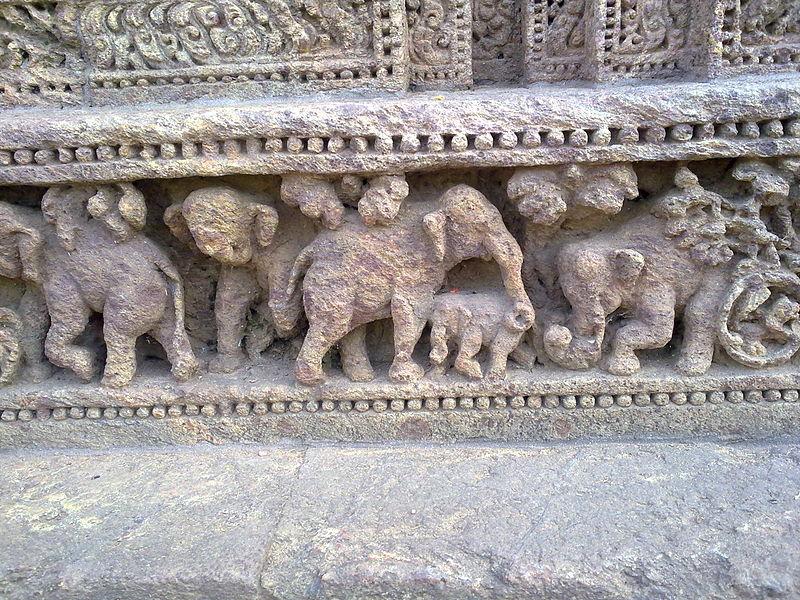 File:An stone art work in Sun temple Konark 2.jpg