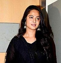 Anushka Shetty first look Baahubali 2 (cropped).jpg