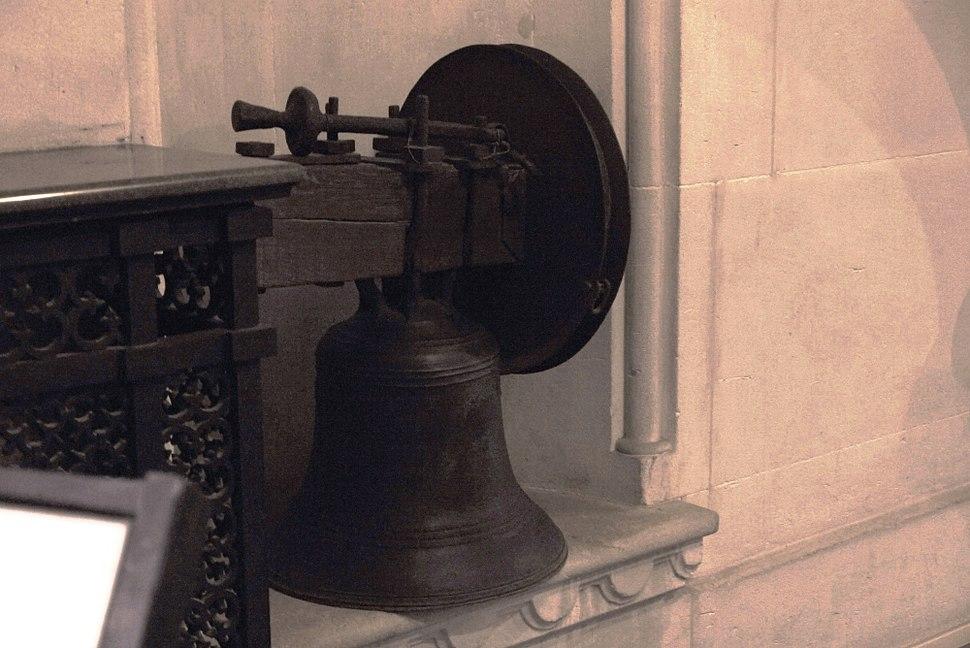 Arundel Russian Bell 6