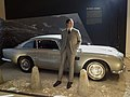 Aston Martin DB5, James Bond 08.jpg