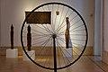 Attraverso una ruota di bicicletta - Galleria Nazionale d'Arte Moderna e Contemporanea.jpg