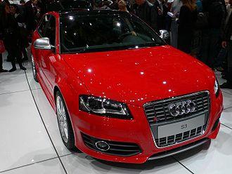 C-segment - Image: Audi S3