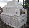 Balderas-Baviera Clan Ancestral tomb.jpg