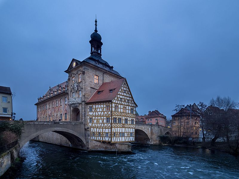800px-bamberg-altes-rathaus-pc220033-ps