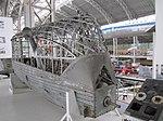 Barcaza motores dirigible Zeppelin.jpg