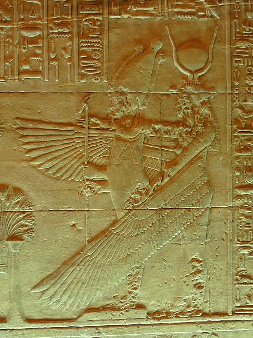 Bas relief d'Osiris Ounnefer et Isis dans le naos