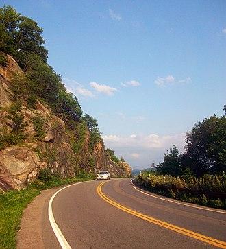 U.S. Route 6 in New York - US 6/202 wind sharply around Anthony's Nose