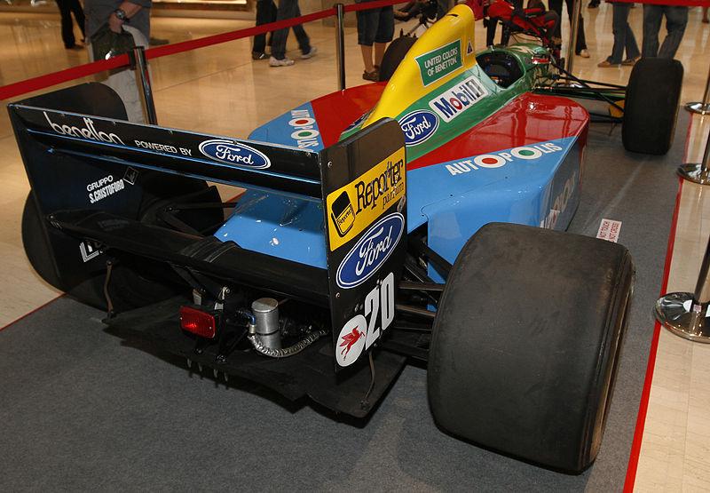 File:Benetton B190 rear 2010 Pavilion Pit Stop.jpg