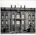 Berliner Schloss Portal IV Rossebändiger.jpg
