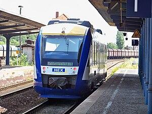 Transdev Sachsen-Anhalt - HEX-Dieseltriebwagen am Bahnhof Bernburg (Saale)
