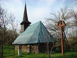 Biserica de lemn din Tioltiur (16).JPG