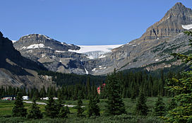 Glacier Bow, parc national Banff (7780237082) .jpg