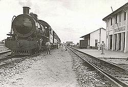 Brazzaville-Congo-Ocean Railway-1932.jpg