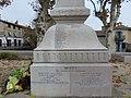 Brignais - Monument aux morts (détail) 4.jpg