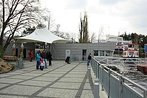 Brno, Bystrc, výpravní budova (02).jpg