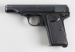 FN Model 1910 - Image: Browning 1910 (6971783833)