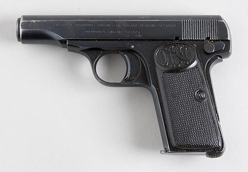 Browning 1910 (6971783833)