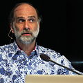Bruce Schneier at CoPS2013-IMG 9107.jpg