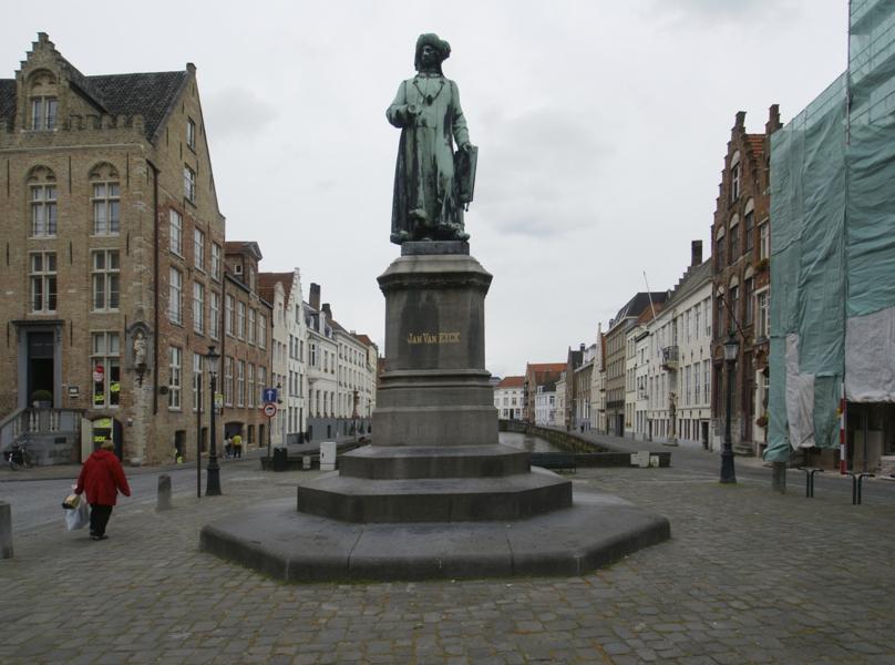 Bruges (Belgium): Jan van Eyck square with statue of the painter Jan van Eyck