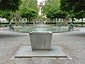 Brunnen im Klingenpark (klein).jpg