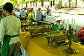 Buffet und zwei der drei Tischreihen Tribüne vom Boulefestival Hannover 2012.jpg