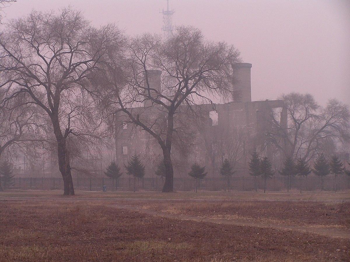 Building on the site of the Harbin bioweapon facility of Unit 731 関東軍防疫給水部本部731部隊(石井部隊)日軍第731部隊旧址 PB121178a ボイラー楝跡.JPG
