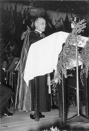 Konrad von Preysing - Image: Bundesarchiv Bild 146 2006 0217, Berlin, Ansprache des neuen Bischofs Preysing
