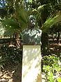 Buste - jardin municipal de Réthymnon.JPG