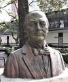 Busto de Sebastián Lerdo de Tejada.png