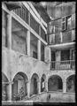 CH-NB - Sion, Maison, Cour, vue partielle - Collection Max van Berchem - EAD-7685.tif