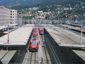 Chur railway station - Trains at Chur station.