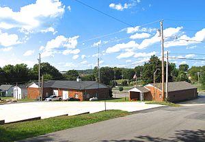 Calhoun, Tennessee - Image: Calhoun townhall po tn 1