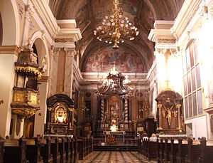 Franciscan Church of the Annunciation - Franciscan Church interior