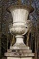 Château de Chantilly - Vase Medicis par Germain - PA00114578 - 001.jpg