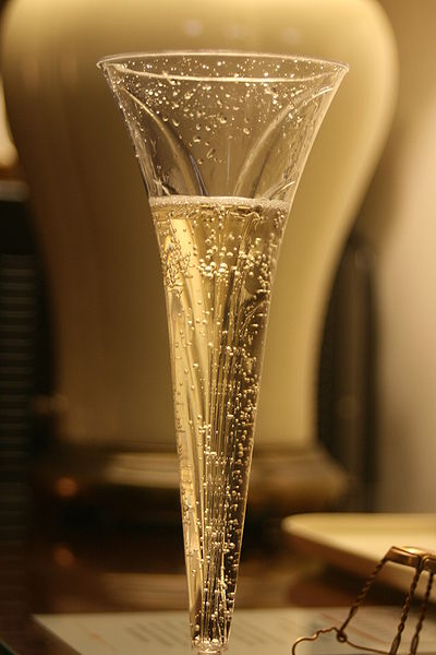 File:Champagne glass flower stem shape.jpg