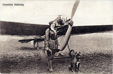 Charlotte Möhring and plane.jpg