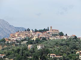 An overall view of the village of Coaraze