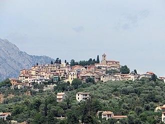 Coaraze - An overall view of the village of Coaraze