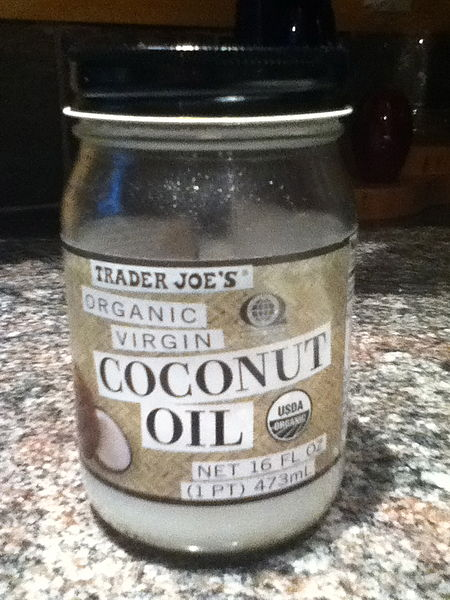 File:Coconut oil.jpg
