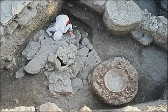 Tell Tweini - Collective tomb from the Middle Bronze Age before opening
