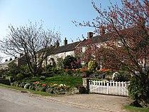 Cottages in Kilburn - geograph.org.uk - 401512.jpg
