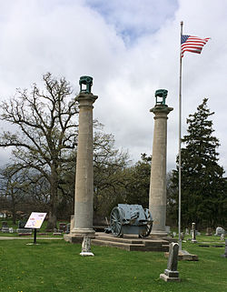 Courthouse columns at Oak Hill Cemetery.jpg