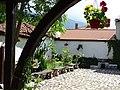 Courtyard of Buhalov Han (Owl's Inn) - Karlovo - Bulgaria (41492175070).jpg