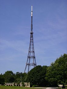 Photograph taken at a distance showing entire height of Crystal Palace Park TV transmitter.
