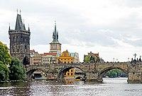 Czech-03938 - Charles Bridge (32979747566).jpg