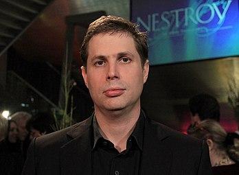 Daniel Kehlmann - Nestroy-Theaterpreis 2012.jpg